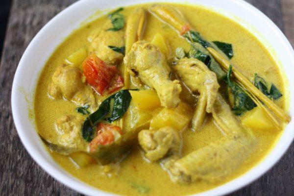 Latasha's Kitchen Turmeric Curry Paste