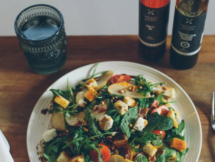 Caramelised Balsamic Vinegar with Crispy Bacon, Pear & Rocket Salad