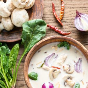 shutterstock_340558646_Thai-Green-Chicken-Mushroom-Broth_500k