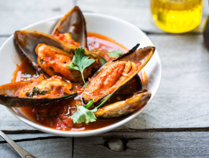 Butter Chilli Mussels or Prawns