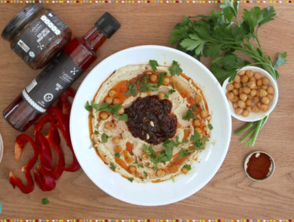Quick & Easy Hommus Platter With Red Chilli Onion Relish (Video)