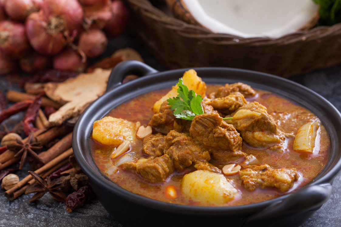 LAMB AND POTATO MASSAMAN