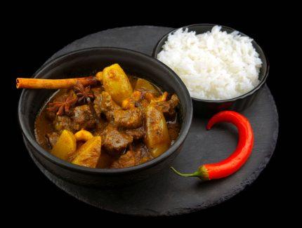 Massaman Beef Sausage Curry