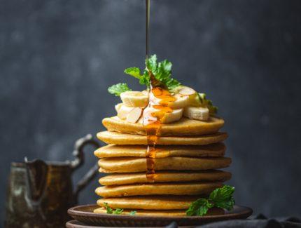 Hotcakes with Banana and ACV